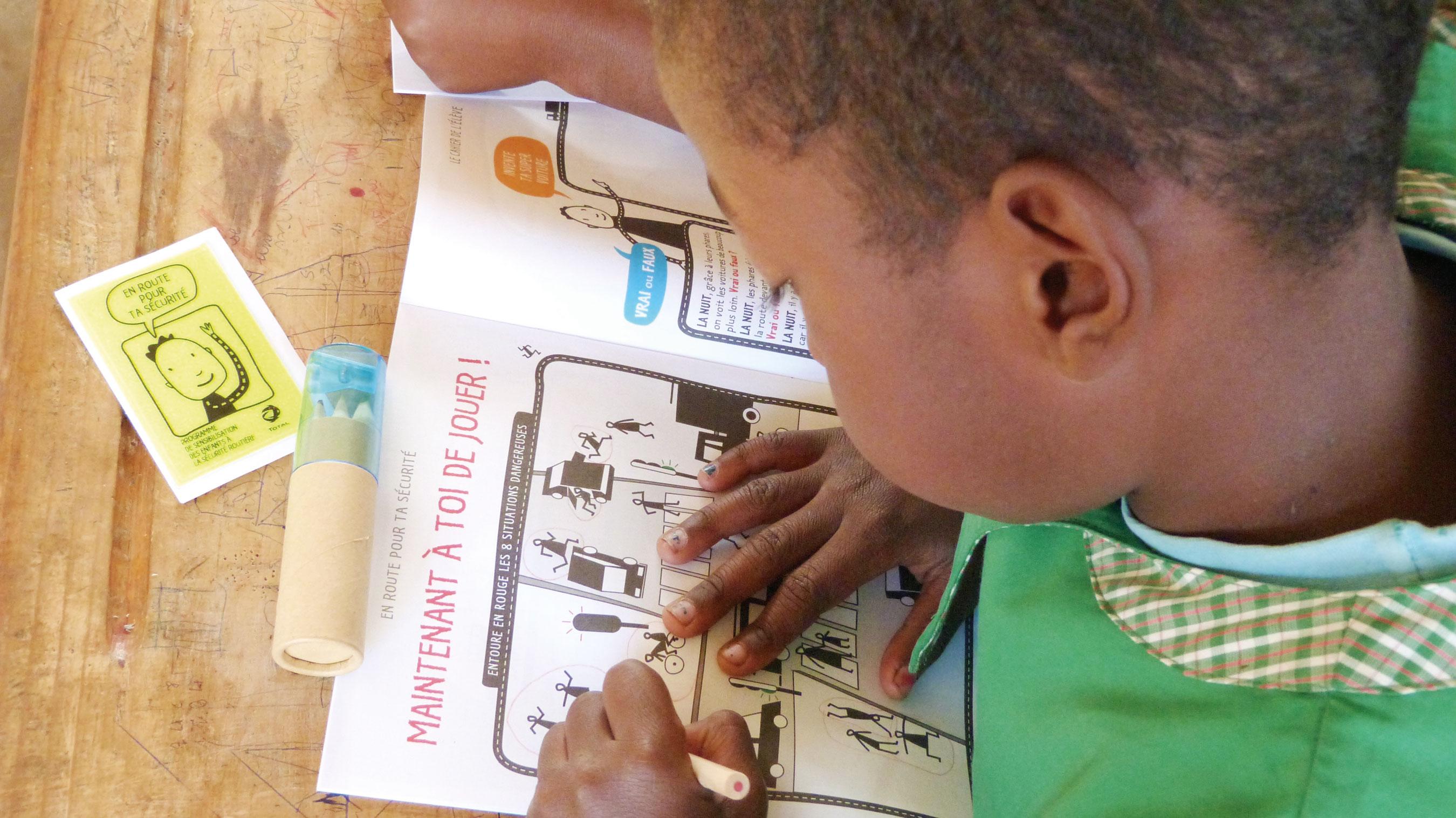 Total Formation des écoliers à Madagascar